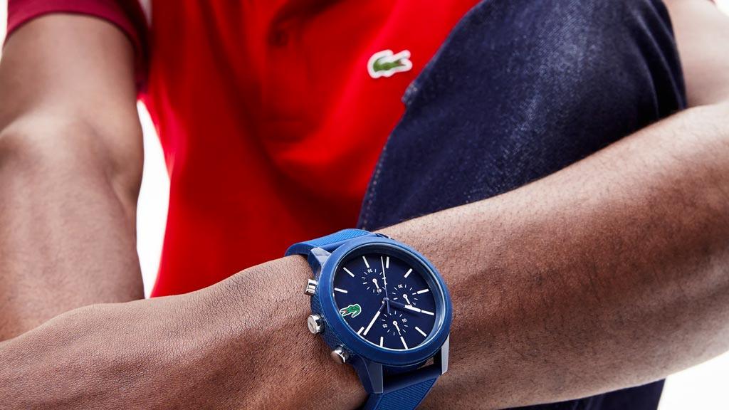 Niebieski zegarek sportowy Lacoste 12.12