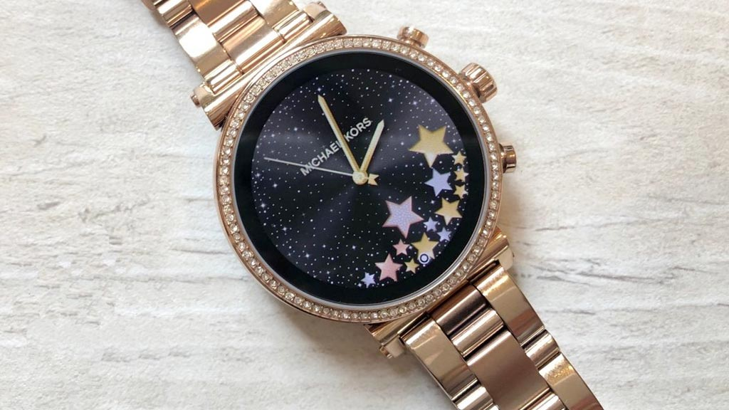 Szukasz damskiego smart zegarka Michael Kors?